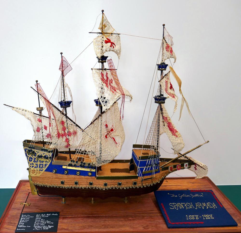 Lace Galleon
